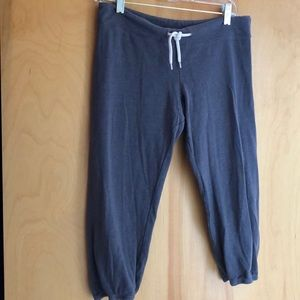 NWOT Monrow Classic grey cropped joggers size XS